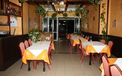 Puerto Rico se vende Restaurante.