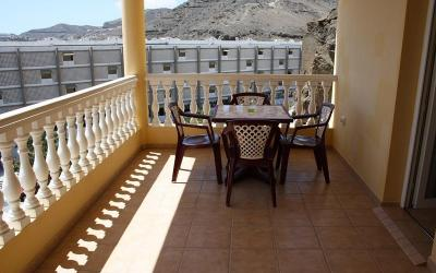 Patalavaca Apartamento con terraza.